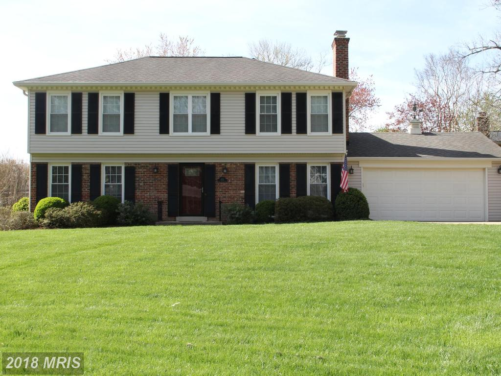 $725,000 For 5 BR / 2 BA Colonial In 22003 In Fairfax County thumbnail