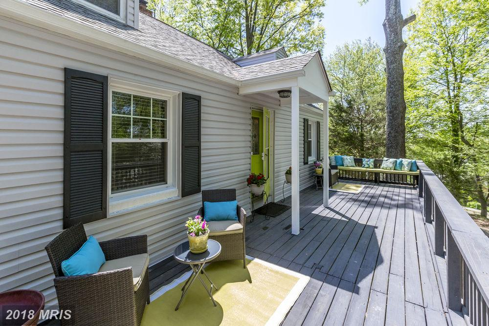 3-BR 2 BA Intriguing Cape Cod House On The Market In 22306 In Alexandria thumbnail