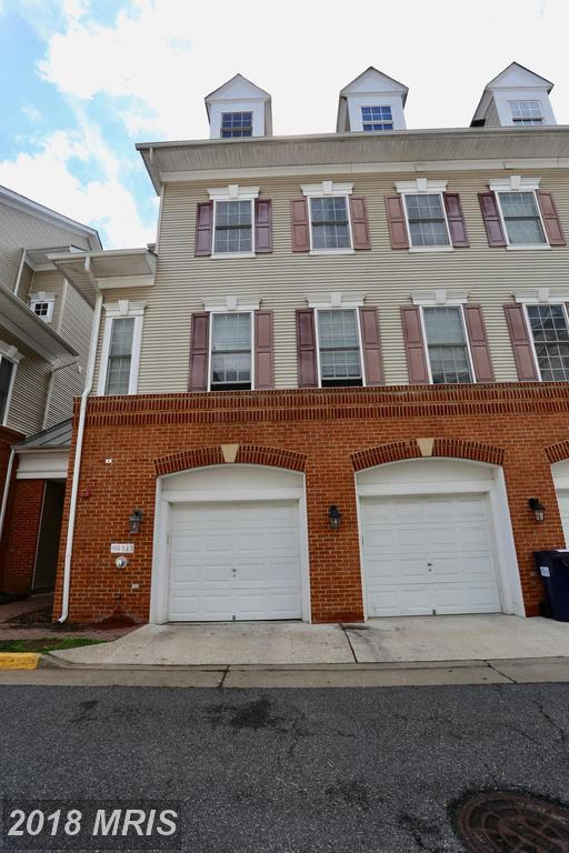 Do Townhouses Like 8930 Milford Haven Ct #30b At Lorton Station North Have A Garage? thumbnail
