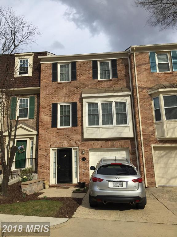 Ready To Move To A $519,900 Townhouse At Colonial Heights In Alexandria? thumbnail