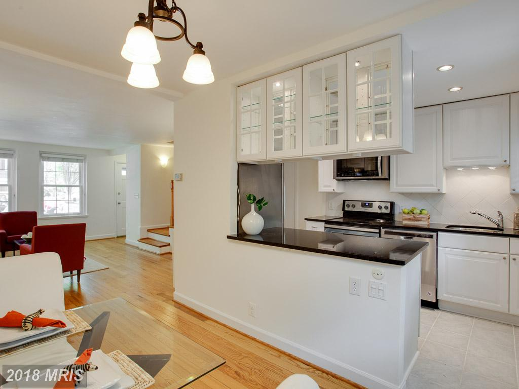 3032 Buchanan St S Arlington Virginia 22206 Listed For Sale For $489,900 thumbnail