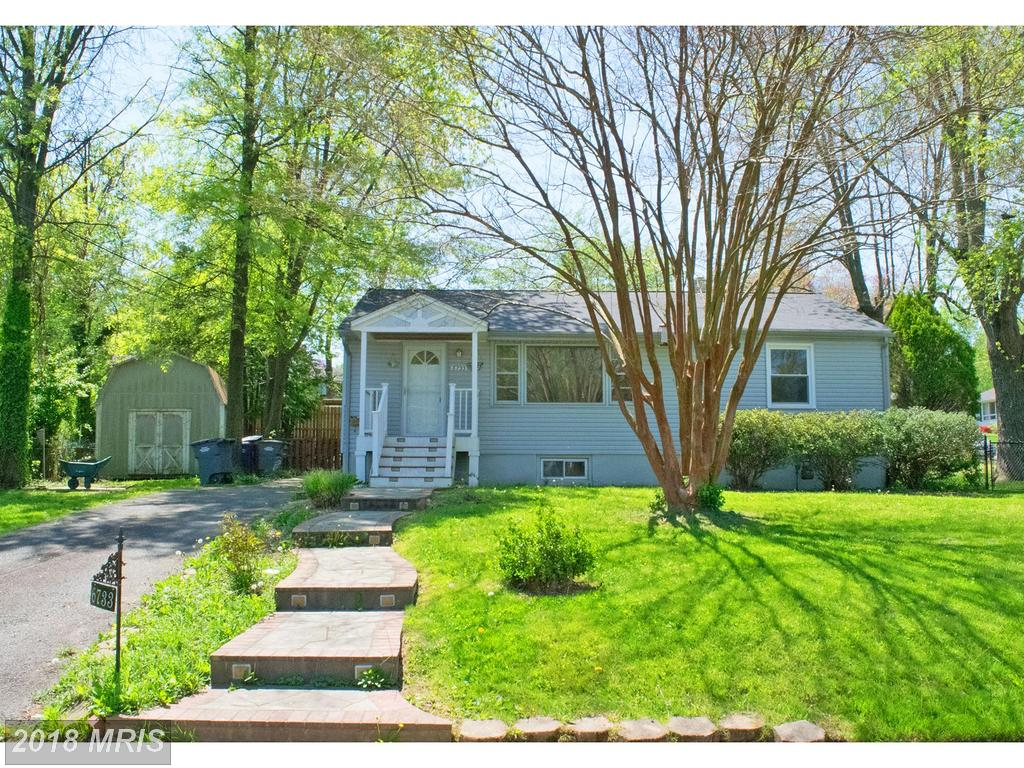 $465,000 For This 3 Bedroom Residence, 2 Days On The Market In Falls Church thumbnail