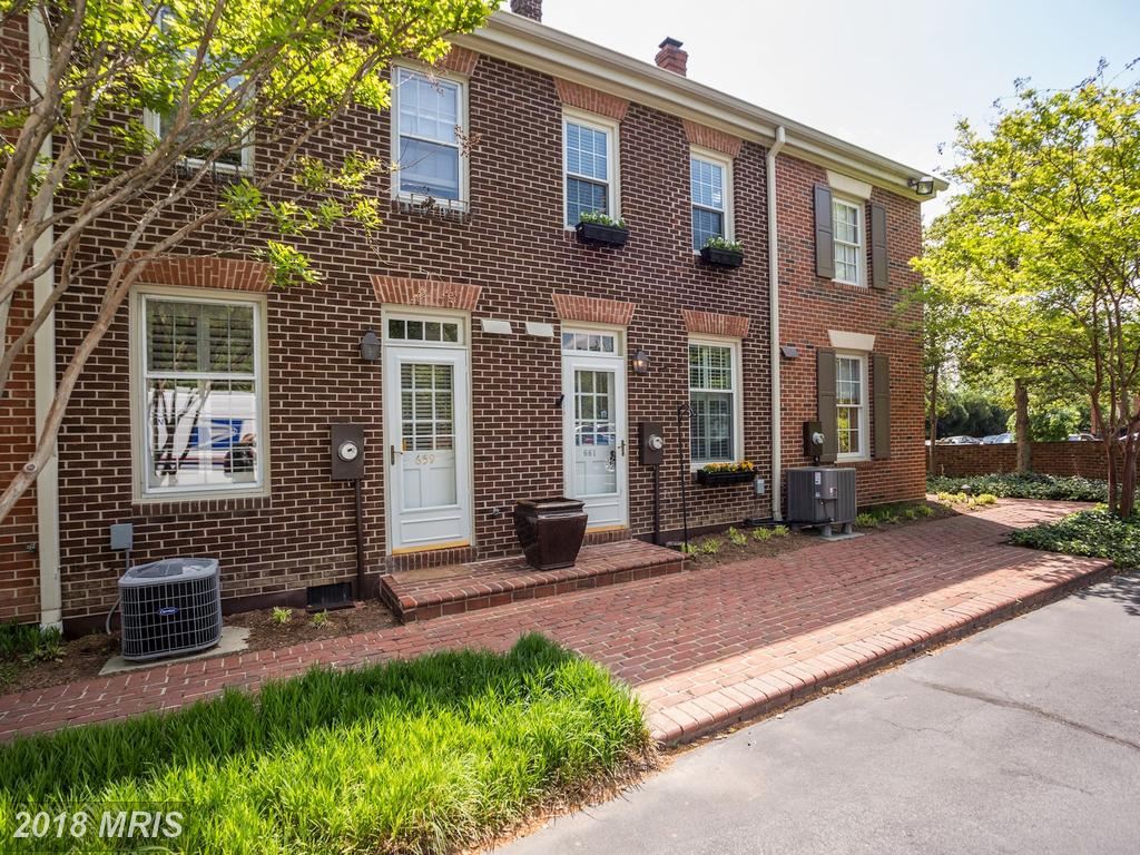 Would You Pay $515,000 For A Late 20th-Century Townhouse In Alexandria? thumbnail
