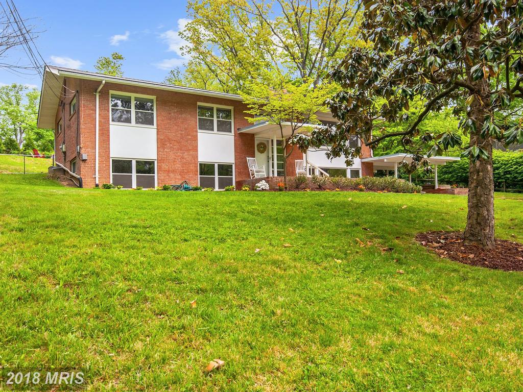 Exploring Your Best Buy On A $610,000 Purchase Of A 5-BR 3 BA House In Annandale thumbnail