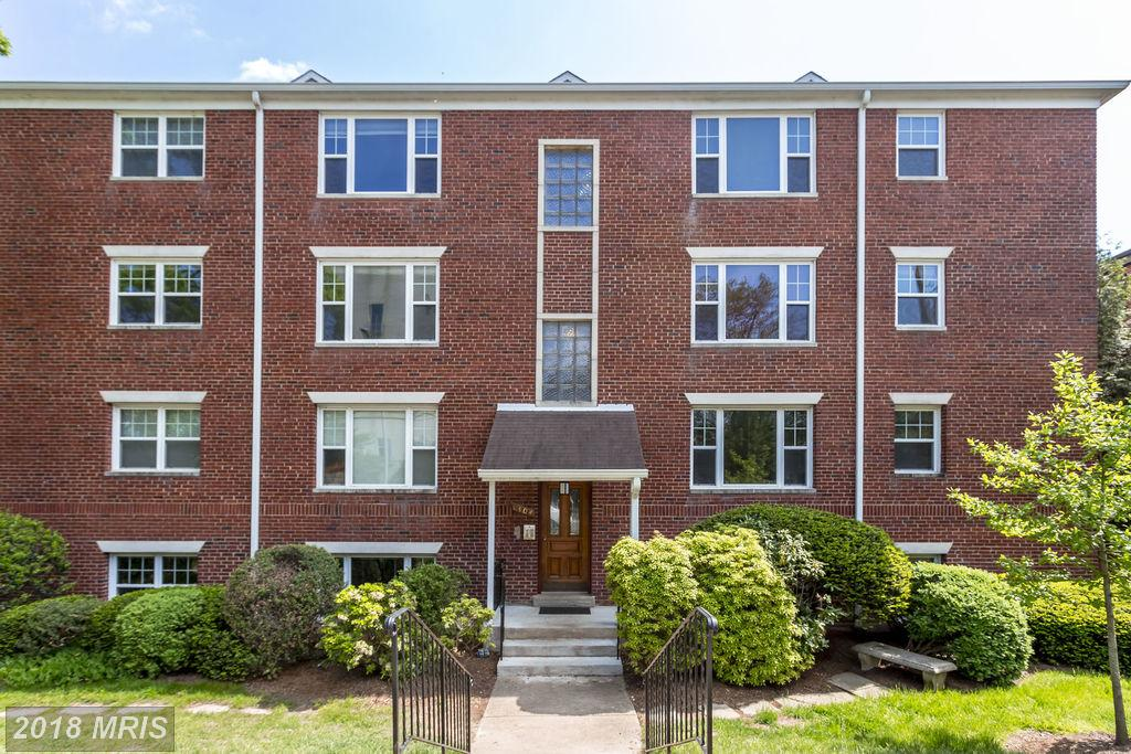 How To Purchase A 2 Bedroom Garden-Style Condo Like 1404 12th St N #21 In Arlington County thumbnail