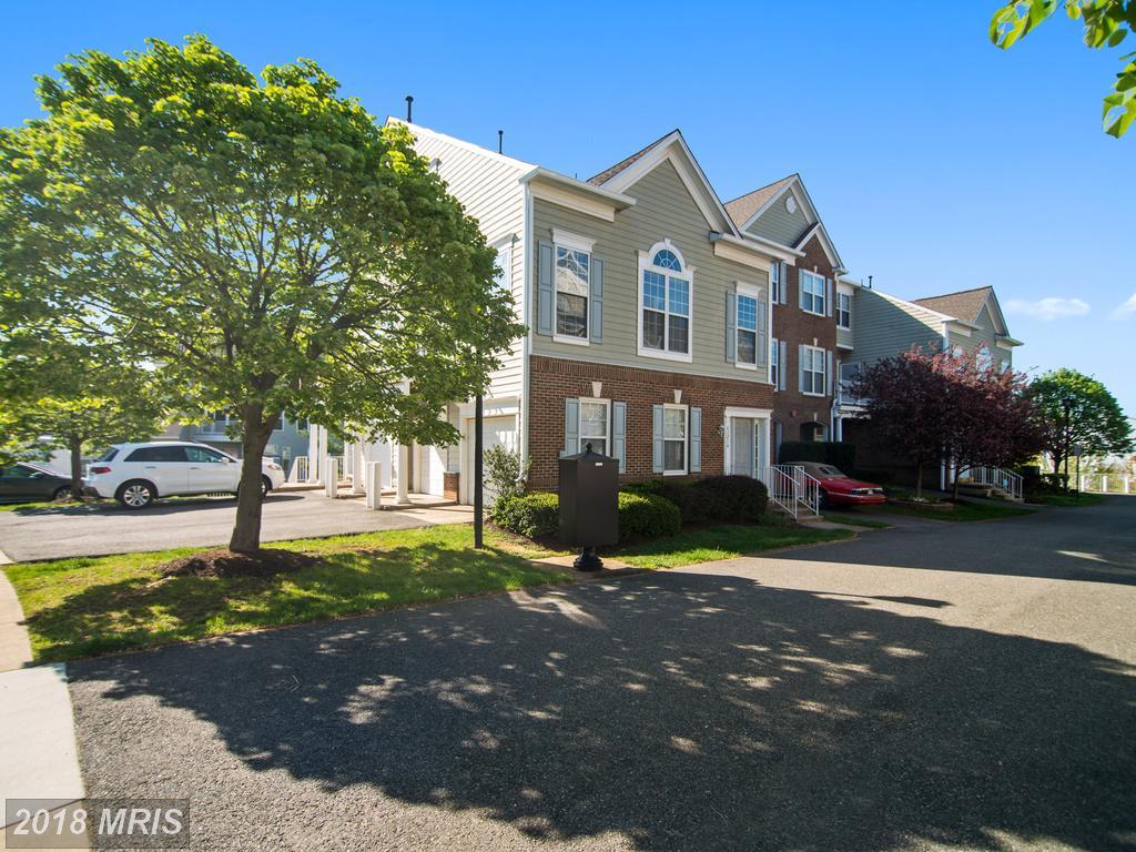 $420,000 :: 2 Bedroom In Alexandria At Overlook thumbnail