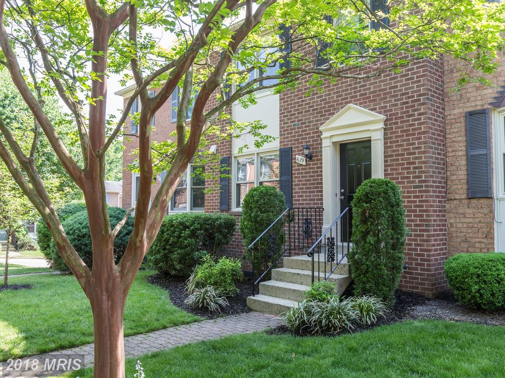 4-BR 3 BA Colonial Townhouse For Sale For $799,000 In Northern Virginia thumbnail