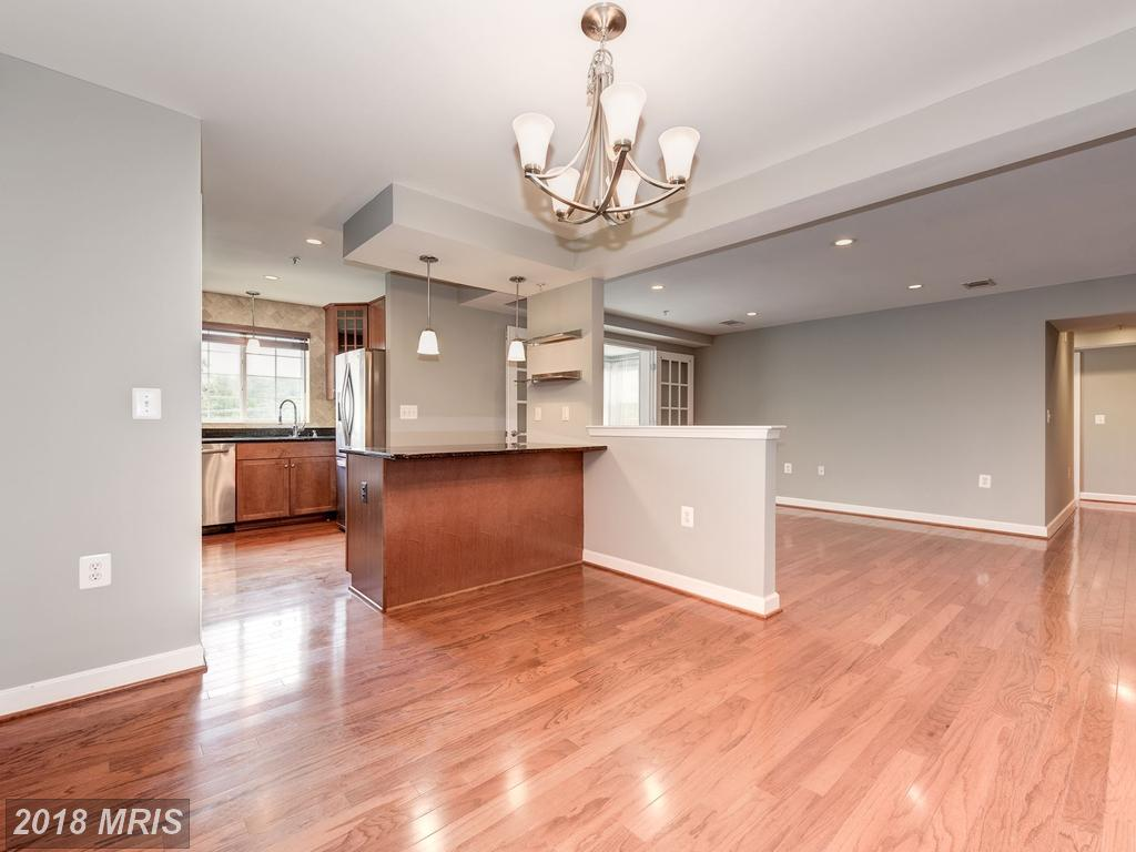 Modest Condominium In 22204 In Arlington County thumbnail