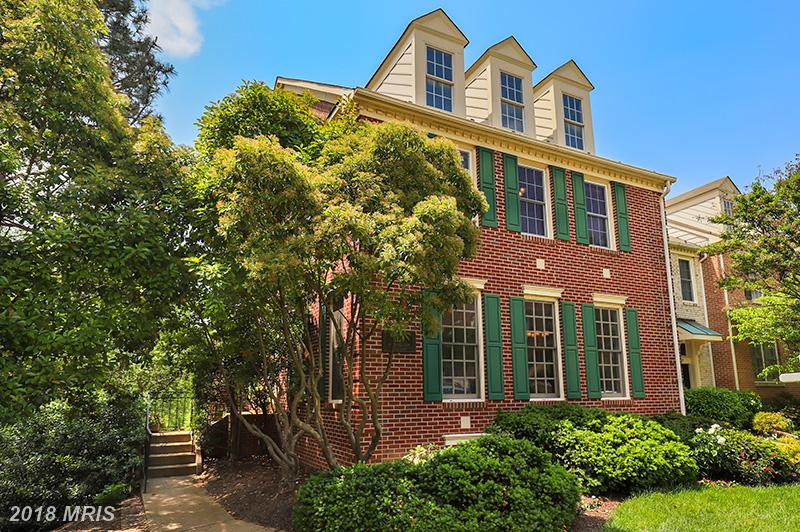 1129 Quaker Hill Ct Alexandria VA 22314 Is Selling For $749,900 thumbnail