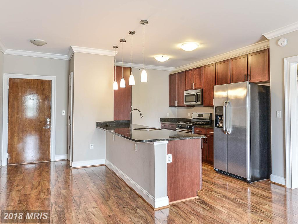 Modest Condominium-home In 22312 In Fairfax County thumbnail