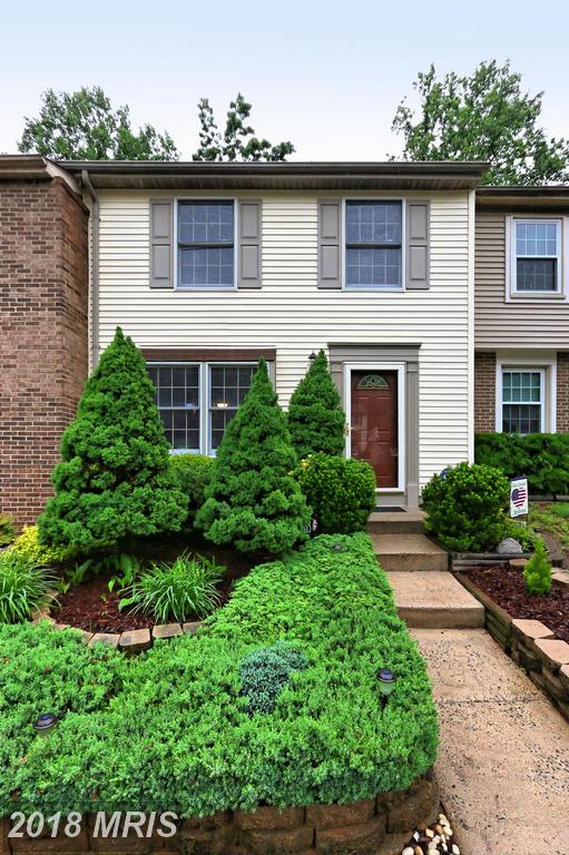 3 BR / 1 BA Townhome Listed At $309,000 In Newington Forest thumbnail