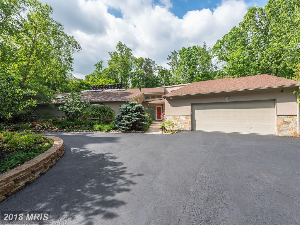 Very Large Contemporary-Home On The Market Like 7330 Lackawanna Dr thumbnail