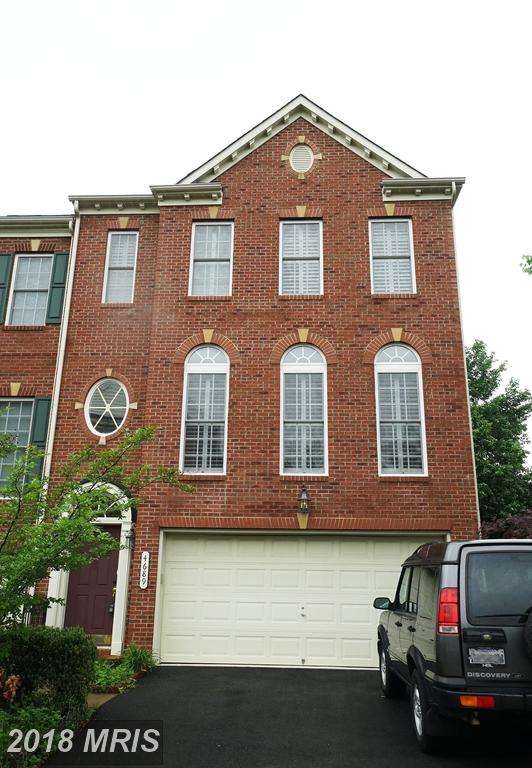 Townhouse With Garage Parking For Sale At $599,990 In 22312 In Alexandria thumbnail