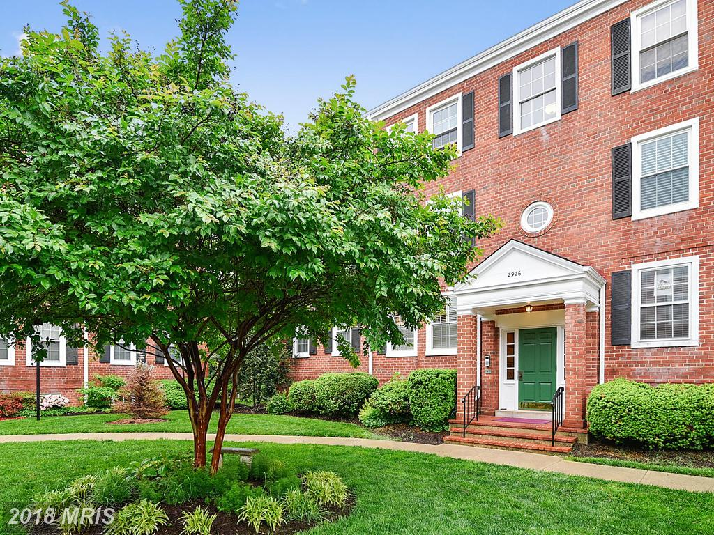 $369,900 In 22206 In Arlington At Fairlington Vil // 1,286 Sqft Of Living Area thumbnail