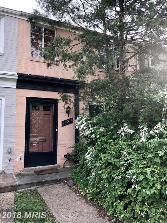 Modest Townhouse Listed At Kenwood Towers For $425,000 thumbnail