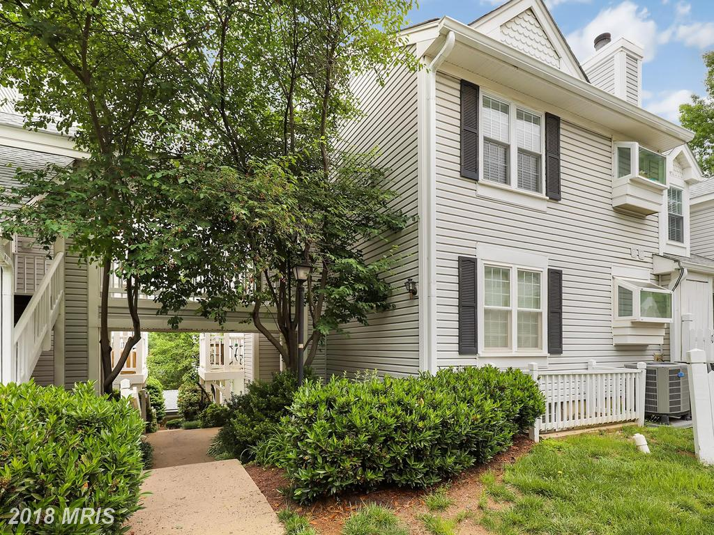 Facts About Residing In 22206 In Arlington County At A 2-BR 1 BA Home Like 2909b Woodley St #2 thumbnail