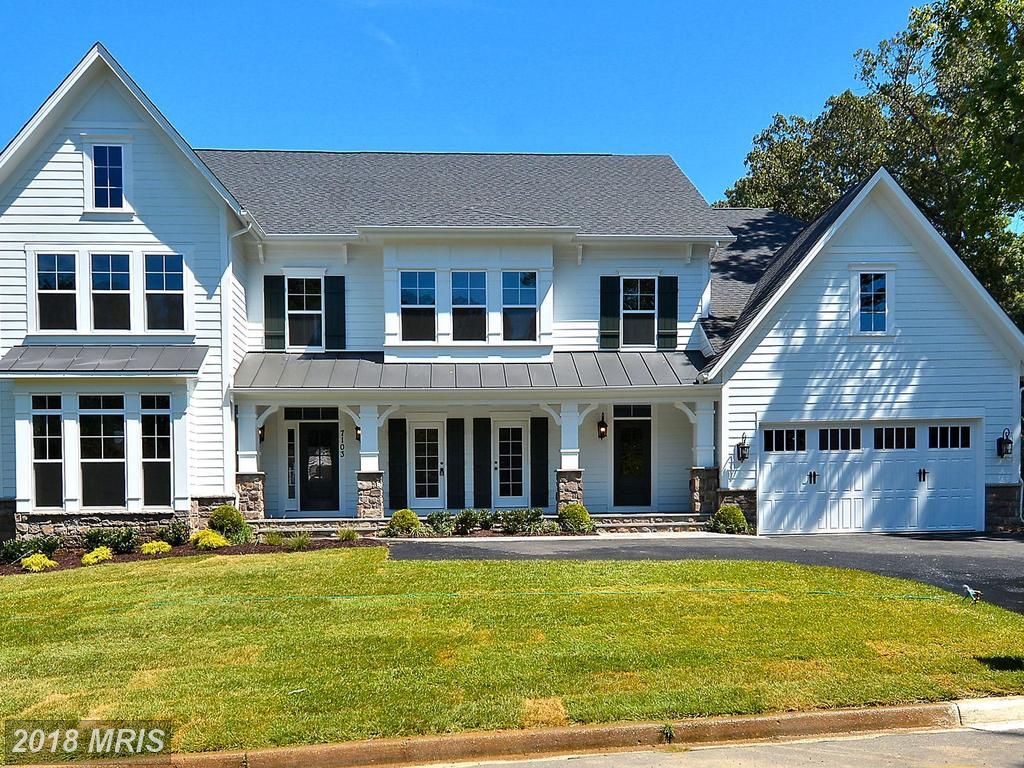 Luxury Arts & Crafts-style Home For Sale In 22124 In Oakton thumbnail