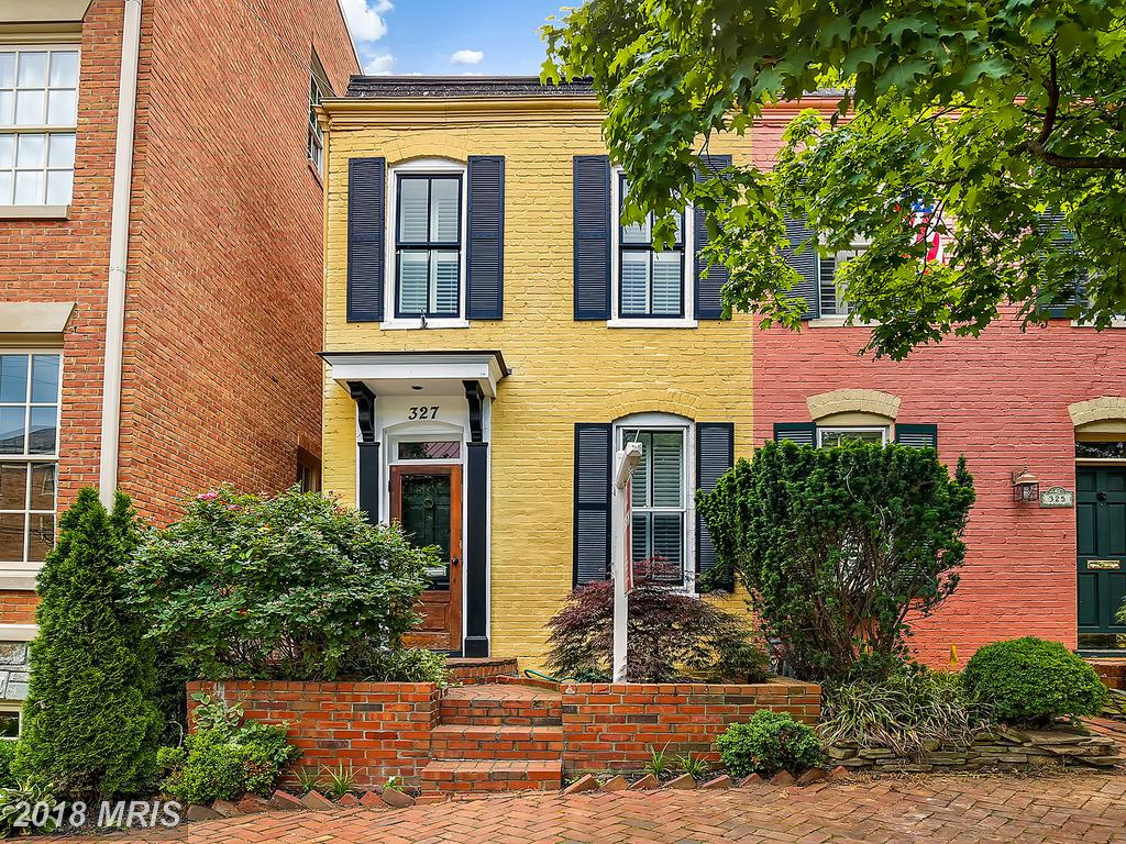 What 2-BR 1 BA Options Are There For Home Shoppers Trying To Find A  Townhouse Close To King St. Metro In Northern Virginia? thumbnail