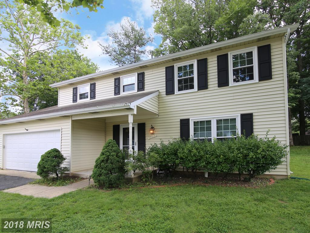 Highlights To Find Happiness In A $649,000 Place Like 6923 Halyard Pl In 22015 In Fairfax County thumbnail