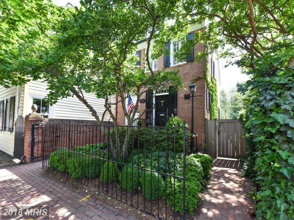 What Options Are There For Purchasers Searching For A $1,245,000 3-bedroom Colonial-style House In 22314? thumbnail