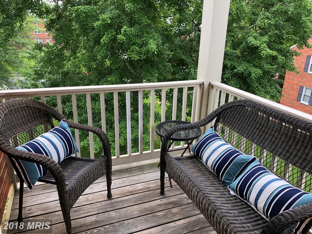 2 Bedroom Garden-Style Condo In Alexandria For $274,900 thumbnail