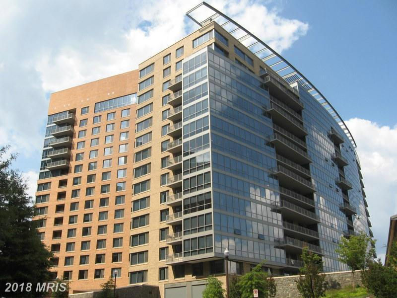 Looking For For Your Best Buy On A $459,900 1-BR 1 BA High-Rise Condo Close To A Metro Station In 22201 In Arlington thumbnail