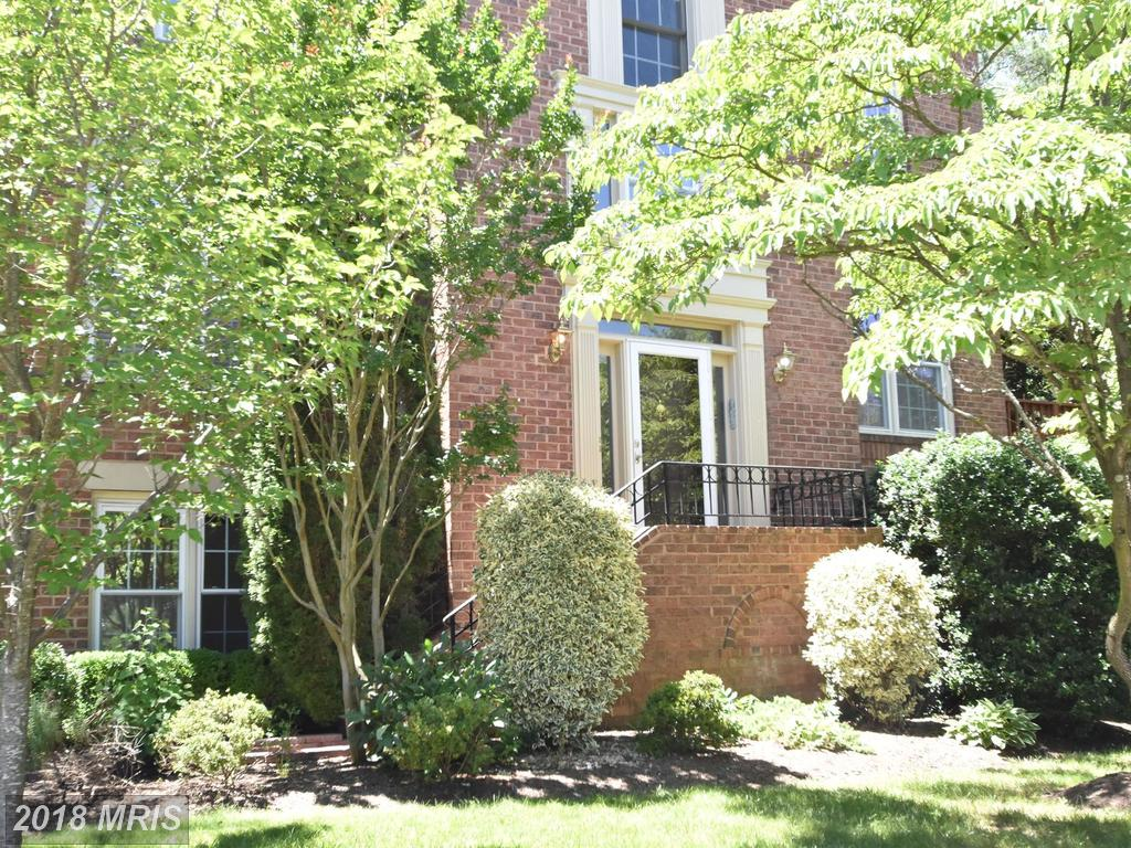Contemporary-Home Listed In Springfield, Virginia thumbnail