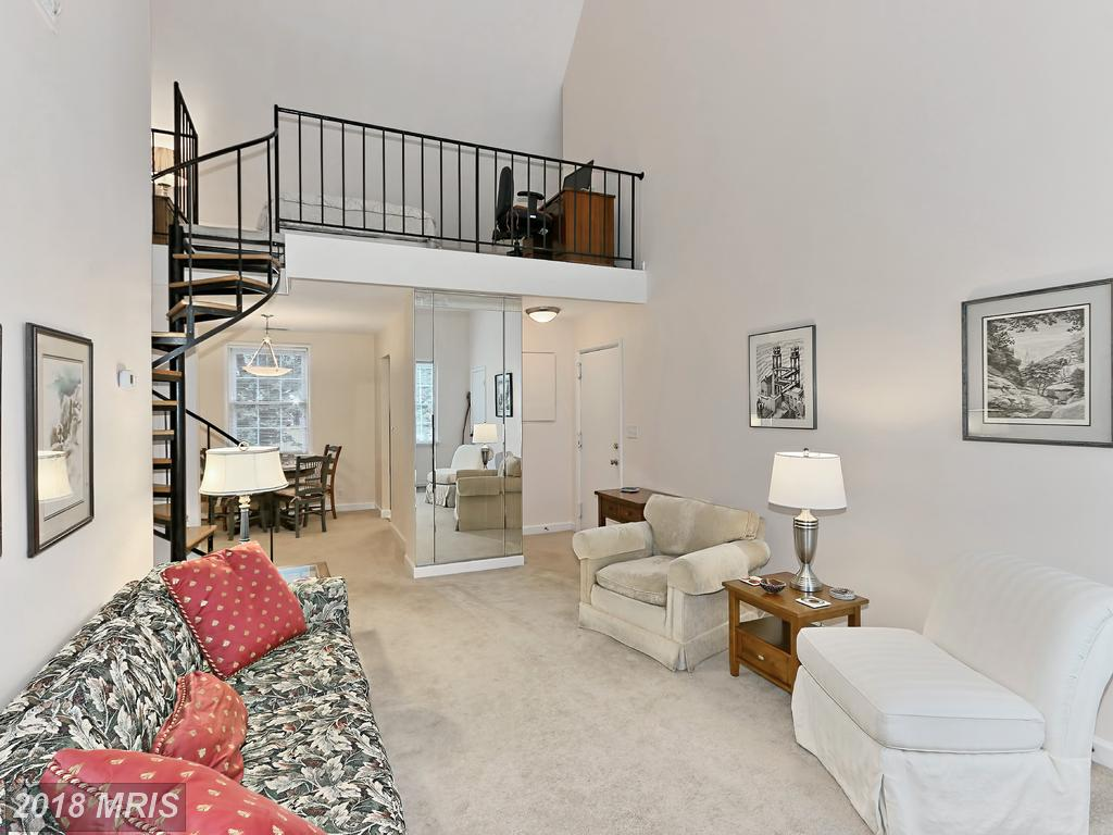 Look At Arlington When Purchasing A  Garden-Style Condo Like 4655 36th St S #B1 In Fairlington thumbnail