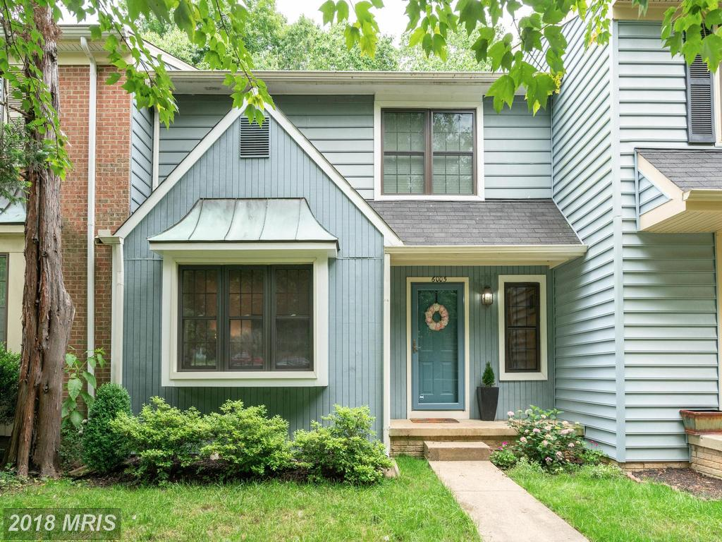 $390,000 In 22015 In Fairfax County At Burke Centre // 1,290 Sqft Of Living Area thumbnail