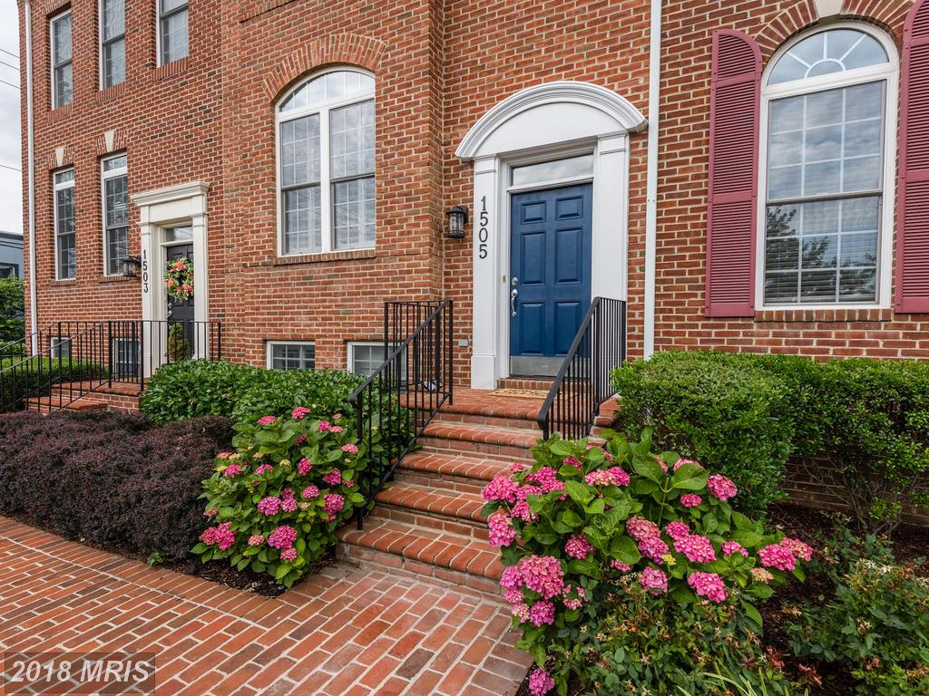 Large Place For $775,000 In Alexandria thumbnail