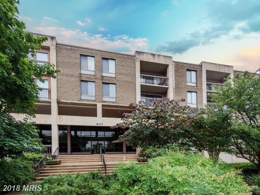 How Much Is A Contemporary-Style Residence In Alexandria, Virginia? thumbnail