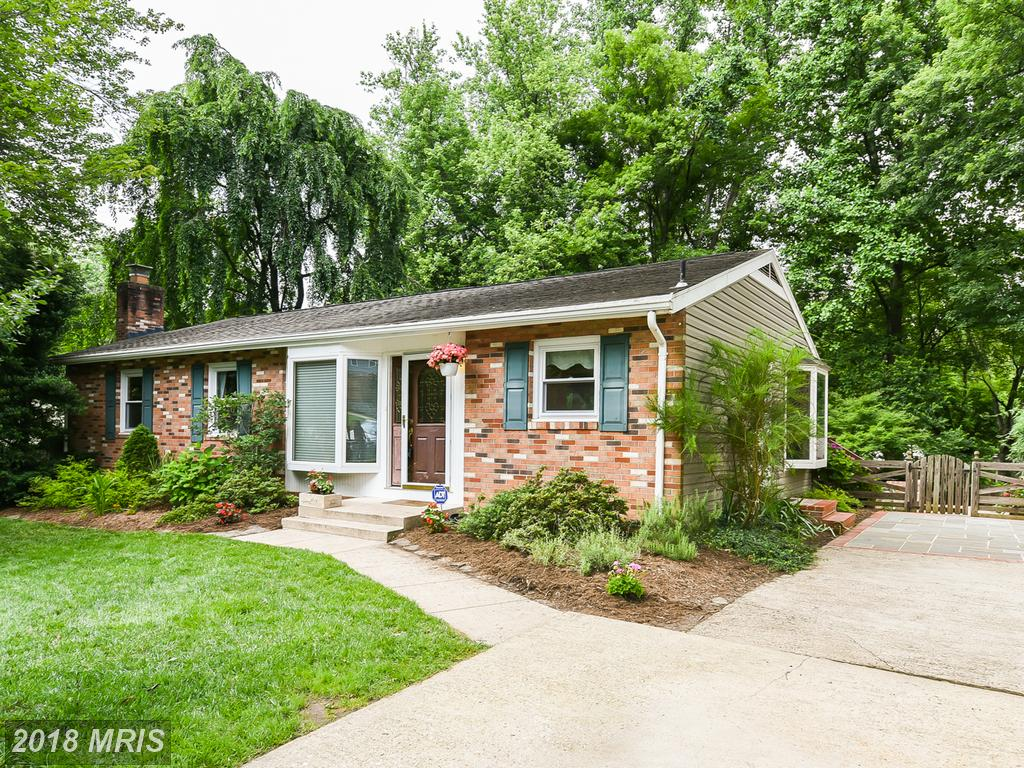Mid-Market Single-Family Residence In 22152 In Fairfax County thumbnail