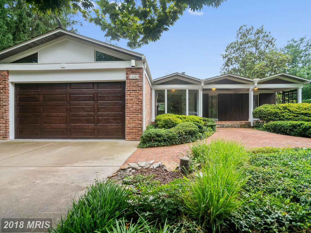 Luxury Art Deco-style Home Listed For Sale Like 1440 Waggaman Cir thumbnail
