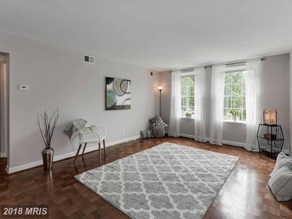 2 Beds // 1 Full Baths - 0 Half Baths // $339,000 In 22206 In Arlington County At Fairlington Villages thumbnail