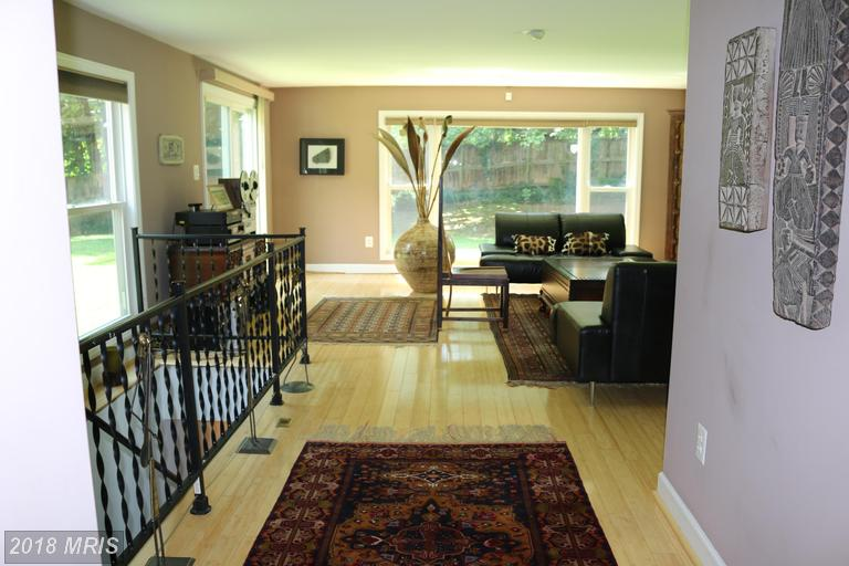 $749,000 :: 5 Bedroom Real Estate, 4 Days On Market In 22003 thumbnail