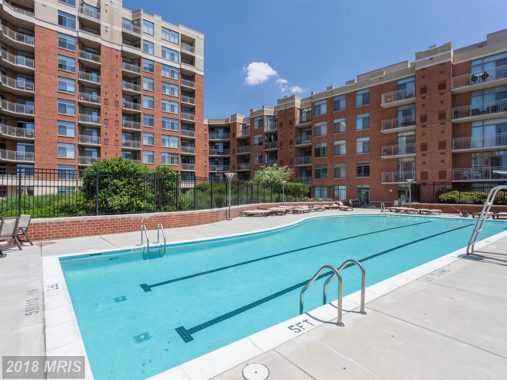 Are You Seeking Around 669 Sqft. Of Real Estate In Eclipse On Center Park? thumbnail