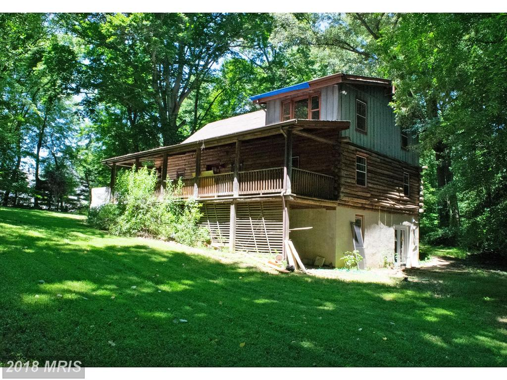 412 Ole Dirt Rd, Great Falls, VA 22066