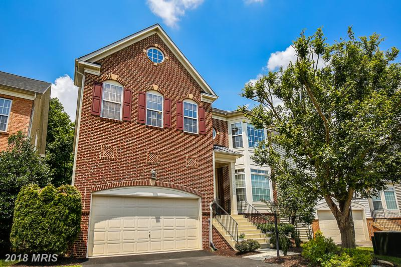 5 Beds // 4 Full Baths - 1 Half Baths // $719,000 In Northern Virginia At Grove At Huntley Meadows thumbnail