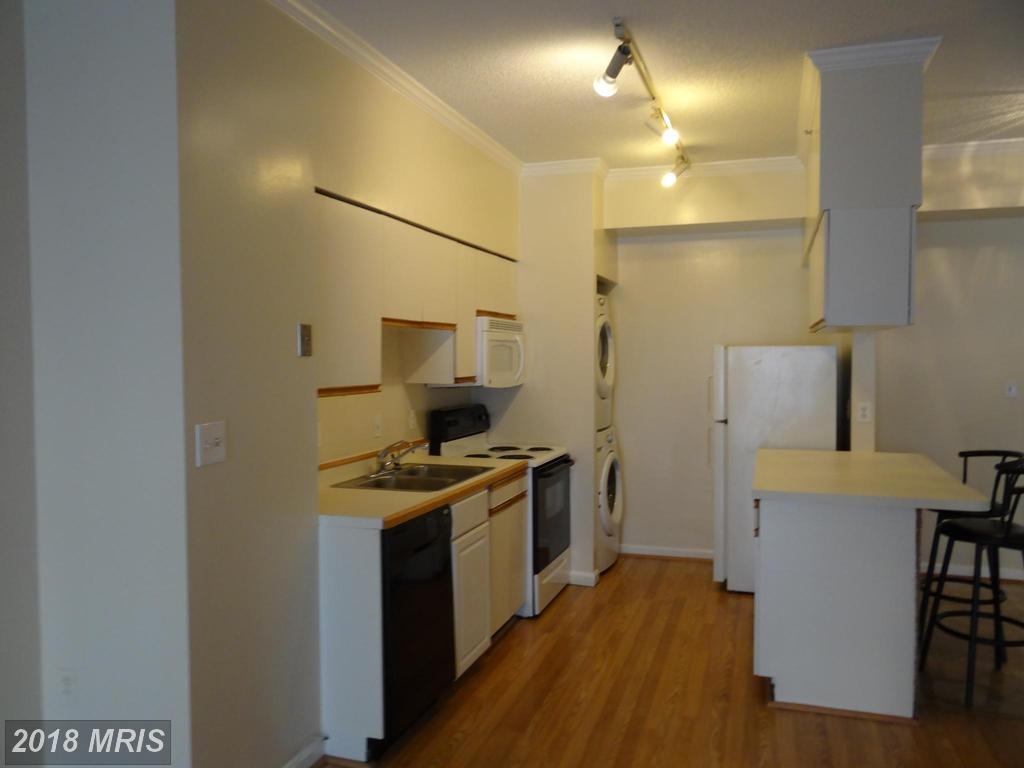 Photo of 1211 Eads St #1103