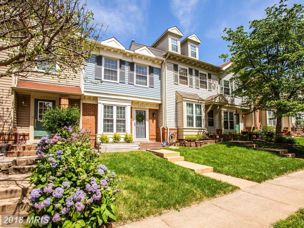 Modest Townhouse For Sale In Northern Virginia For $433,900 thumbnail
