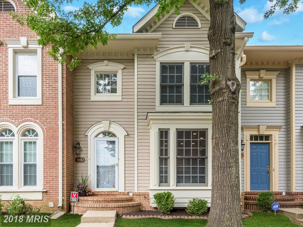 3-Bedroom Traditional Townhouse For Sale For $515,000 In 22033 In Fairfax County thumbnail