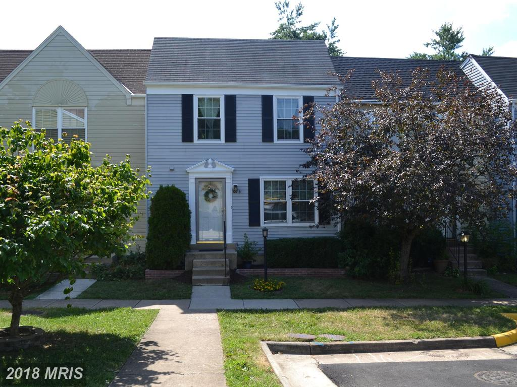 $445,000  :-:  6619 Briarleigh Way Alexandria VA 22315 thumbnail