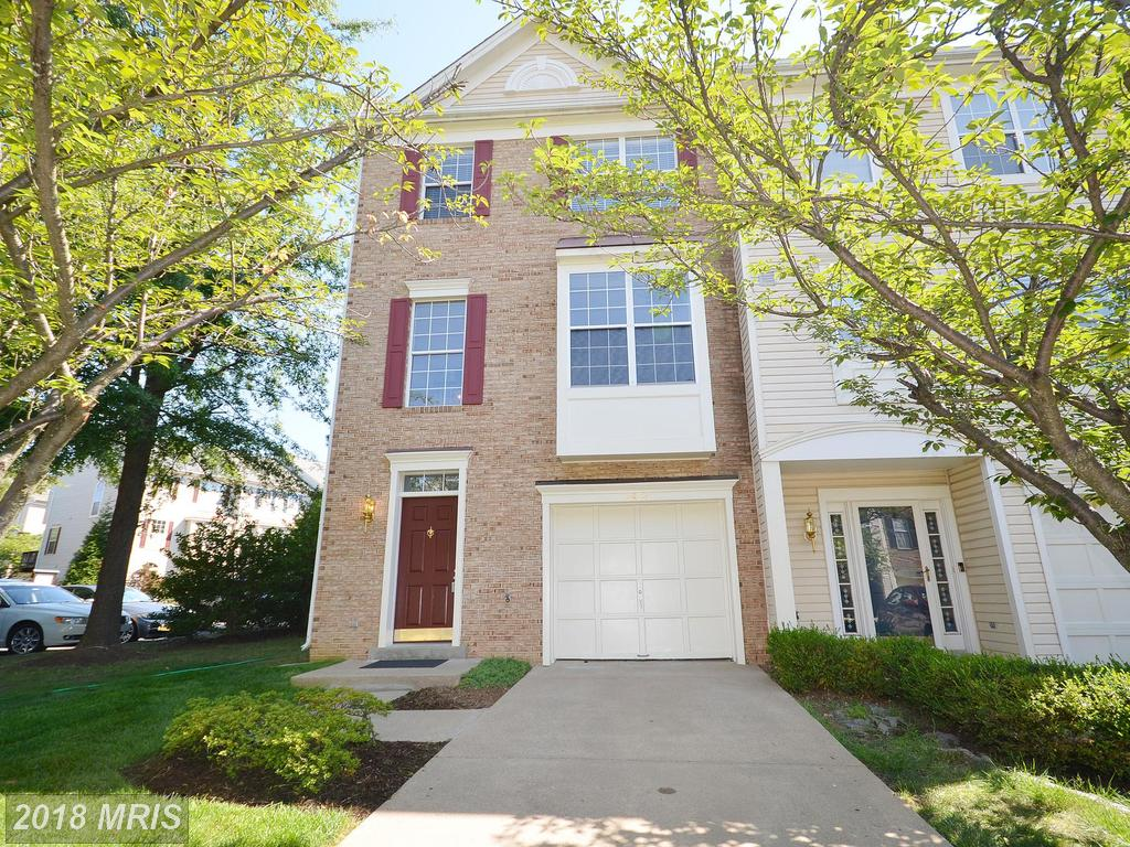 $465,000 Listed At 2423 Clover Field Cir In Herndon VA 20171 thumbnail
