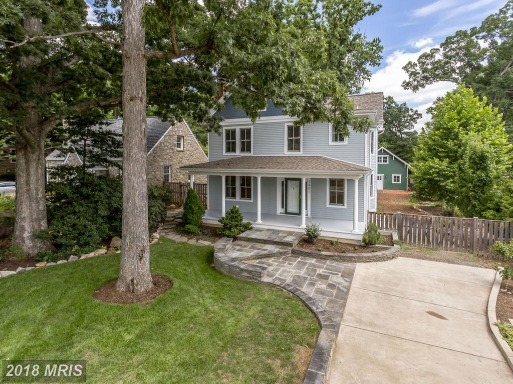 Large Single-Family Residence On The Market For $1,338,000 In 22207 In Arlington County thumbnail