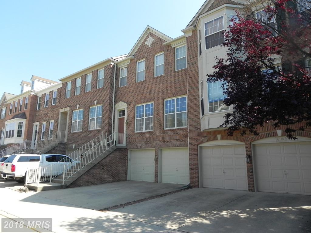 $3,300 1,976 Sqft Townhouse Rental At Townes At Manchester Par thumbnail