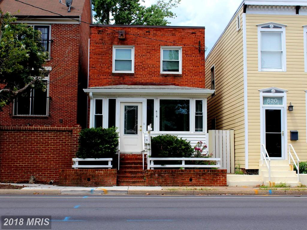 Are You Seeking A $799,999 2-bedroom Federal-style House For Sale In Old Town Alexandria? thumbnail