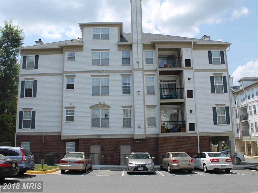 $420,000      4151 Castlecary Ln #204 Fairfax VA 22030 thumbnail