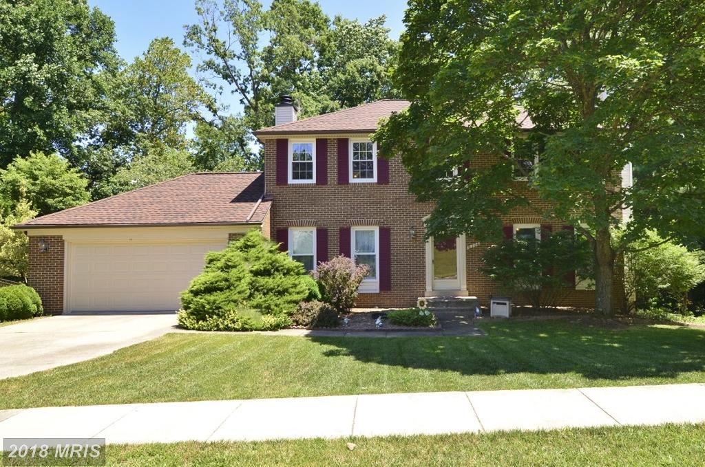 Mid-sized $614,900  ||  8304 Timber Brook Ln Springfield VA 22153 thumbnail