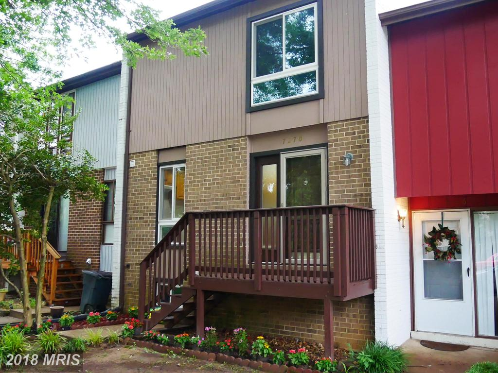 3 BR / 2 BA Townhome For Sale At $390,000 In Alexandria thumbnail