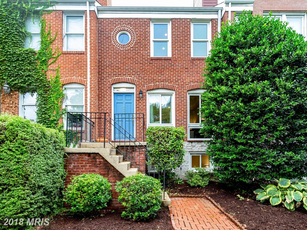 Featured Colonials In 22314 In Alexandria Selling For $769,000 In Alexandria, Virginia thumbnail